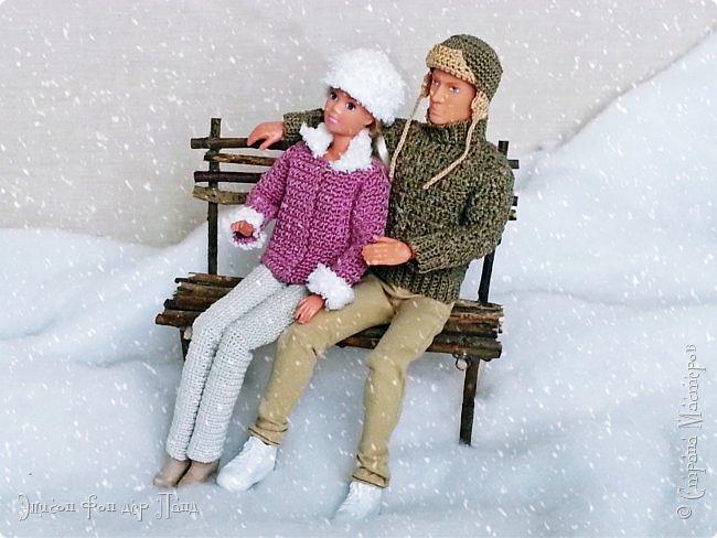 Зима в этом году решила прийти раньше срока. Еще листья с деревьев не успели опасть полностью, когда все окрестности завалило снегом. Наша милая парочка, Лия и Леон, воспользовались романтикой момента и, утеплившись, выбрались на свидание))) фото 11