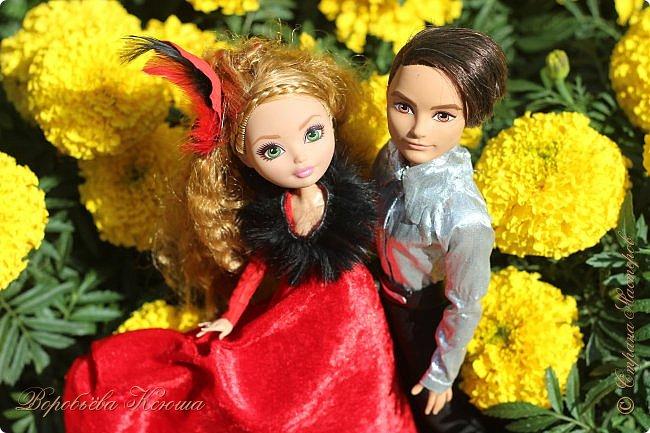 Олег пригласил Надю на свидание  в красивейшее место города. Он давно влюблен в самую приветливую, милосердную и очаровательную девушку Надю. фото 7