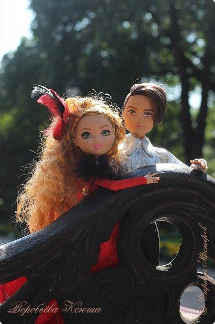 Олег пригласил Надю на свидание  в красивейшее место города. Он давно влюблен в самую приветливую, милосердную и очаровательную девушку Надю. фото 5
