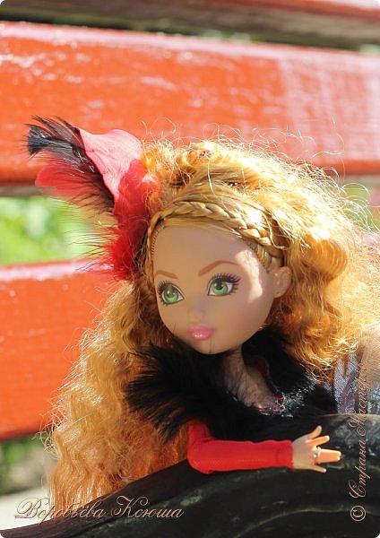 Олег пригласил Надю на свидание  в красивейшее место города. Он давно влюблен в самую приветливую, милосердную и очаровательную девушку Надю. фото 6