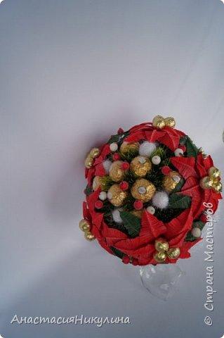 Рождественский букет невесты  участвующий в показе на фестивале Свит-дизайна. фото 1