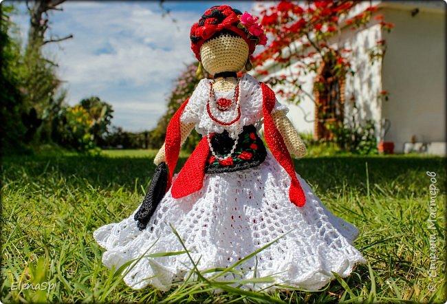 Кукла в национальном костюме жительницы города Веракрус, Мексика. фото 1