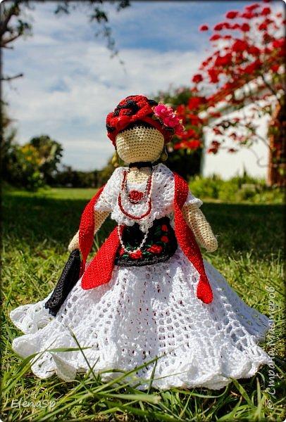 Кукла в национальном костюме жительницы города Веракрус, Мексика. фото 2