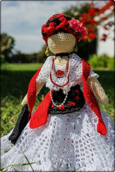 Кукла в национальном костюме жительницы города Веракрус, Мексика. фото 3
