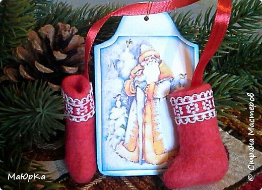 Сувенирные валенки и варежки - маленький, тёплый подарок родным, друзьям, знакомым в новогодние праздники. фото 4