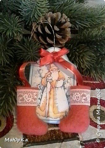 Сувенирные валенки и варежки - маленький, тёплый подарок родным, друзьям, знакомым в новогодние праздники. фото 5
