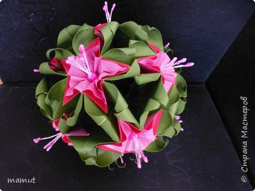 Впервые для украшения кусудамы использовала тычинки для создания цветов. В основе кусудама Наталии Романенко Sweet Spring фото 1