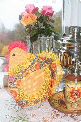 Добрый день! У меня новая манечка- грелки на чайник........ уффф))))) нравится их шить не могу))) а тут еще и повод - 2017- год Петуха!!! насмотреласт в инете идей и вперед!!!  фото 2
