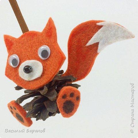 Игрушка из шишки «Лисёнок»