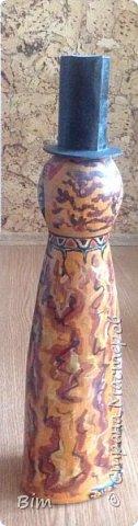 Все работы расписаны в ручную, с использованием акриловый красок, поверхность бутылки была изначально прогрунтована водоимульсионной краской с пва.  фото 2