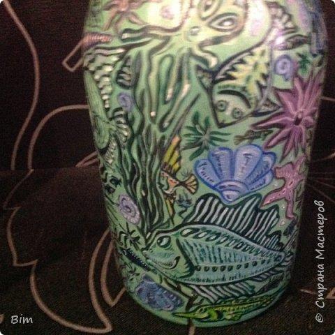 Все работы расписаны в ручную, с использованием акриловый красок, поверхность бутылки была изначально прогрунтована водоимульсионной краской с пва.  фото 12