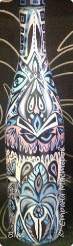 Все работы расписаны в ручную, с использованием акриловый красок, поверхность бутылки была изначально прогрунтована водоимульсионной краской с пва.  фото 9