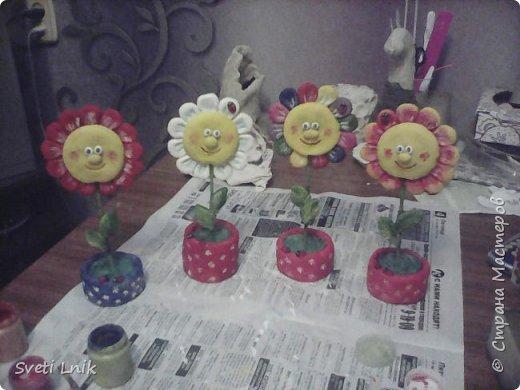 Захотелось чего-то веселенького,Порыскав по интернету наткнулась на такие цветочки,решила схомячить и вот что у меня получилось))) фото 5