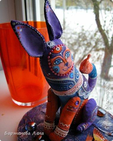 Очередная текстильная кукла. Ткань, ладолл, роспись акрилом, бусины, кружево. фото 1