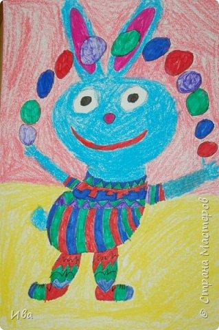 Образ зайца в различных образах рисовали с детьми с помощью графических материалов. Использовали фломастеры, маркеры , масляные мелки. фото 7