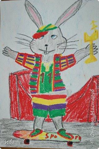Образ зайца в различных образах рисовали с детьми с помощью графических материалов. Использовали фломастеры, маркеры , масляные мелки. фото 4