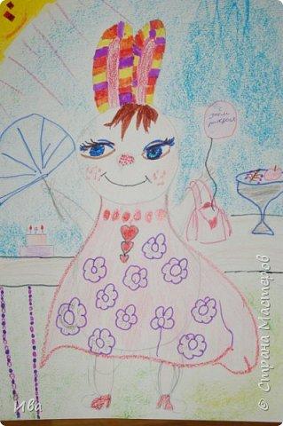 Образ зайца в различных образах рисовали с детьми с помощью графических материалов. Использовали фломастеры, маркеры , масляные мелки. фото 3