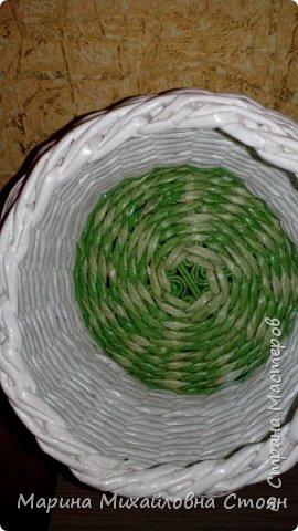 """Давно заглядываюсь на """"Гномодомики"""".А тут задание моей первоклашке дали .....Вот сваяла.Конечно,в процессе поняла многое по плетению домика. фото 4"""