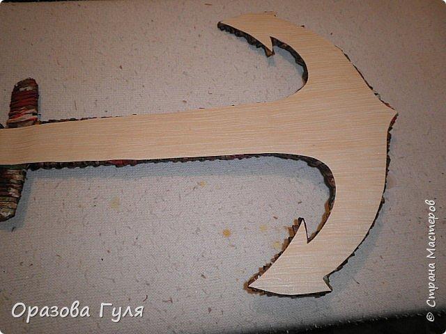 Часы с комнатным термометром и крючками для ключей. фото 6