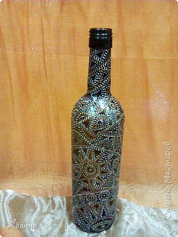 Очень увлекательное занятие - точечная роспись. Это первая бутылочка, сделанная мной в этой технике фото 4