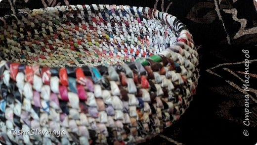 """Доброго времени, Страна Мастеров! Старый каталог """"Орифлейм"""" будет жить дальше) Техника изготовления - плетения из корня. фото 5"""