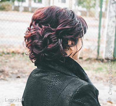 Прическа на короткие волосы без валиков и накладных волос)))