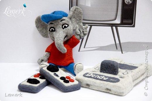Денди. Валяные из шерсти слоник и консоль Нинтендо с джойстиками фото 5