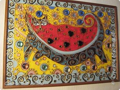 """Кот-арбуз. Размер 31х43см. Оргалит, стекло, гуашь, контур золотистый по стеклу, стеклянные камушки. Вдохновитель из Страны Мастеров """"Ихтиандра"""" Кот-арбуз http://stranamasterov.ru/node/462421?c=favorite фото 1"""