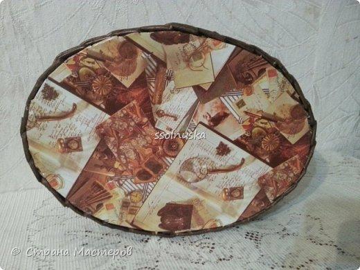 Добрый день! Корзина предназначается  мужчине (одинокому :) ) , чтоб хлеб в ней держал . Поэтому заказали простую и крепкую плетенку. фото 4