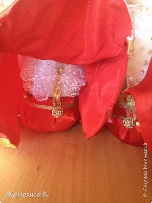 Мои красавицы! Вот, что можно сделать из ненужных кукол, лохматых и раздетых)))) фото 8