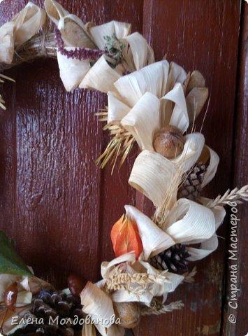 В каждом веночке или корзинке от 12 до 15 различных семян, плодов.  фото 10