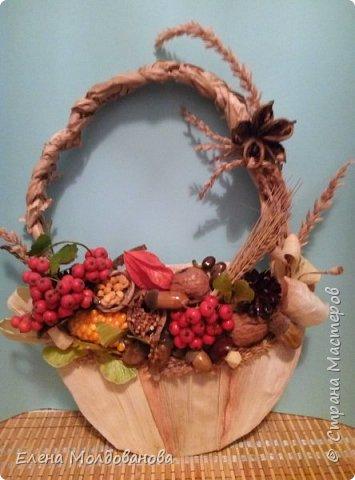 В каждом веночке или корзинке от 12 до 15 различных семян, плодов.  фото 12