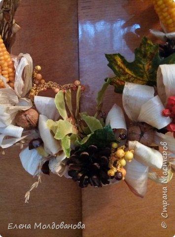 В каждом веночке или корзинке от 12 до 15 различных семян, плодов.  фото 4