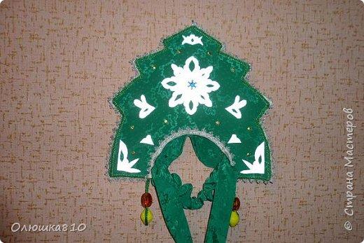 Ёлочка-иголочка - карнавальный костюм для девочки и корона для принца фото 6