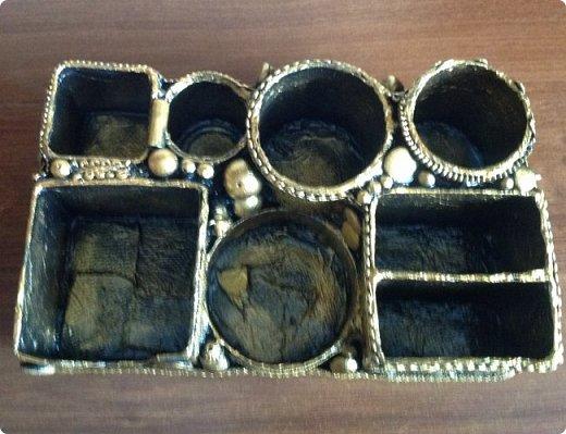 по случаю ДР подруги сделала органайзер, заодно и остатки кружев использовала. фото 2