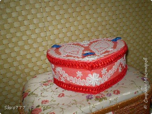Шкатулка из картона. Декор фрагментами из салфетки,бантики из макаронных изделий фото 2