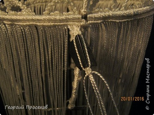 Предлагаю мой МК по плетению такой корзинки-конфетницы. Если судить по датам на фото, то МК сделал за 8 дней. Если без МК, то такую работу делаю за 2 дня. фото 61