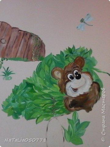 Совместная  работа  роспись стены в Детском саду. фото 2