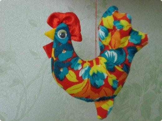 Новогодняя игрушка Петушок. Мастер класс в фотографиях. фото 14