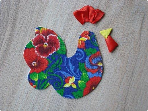 Новогодняя игрушка Петушок. Мастер класс в фотографиях. фото 3