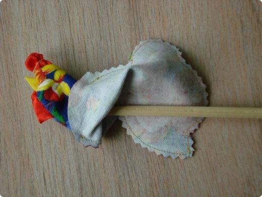 Новогодняя игрушка Петушок. Мастер класс в фотографиях. фото 7