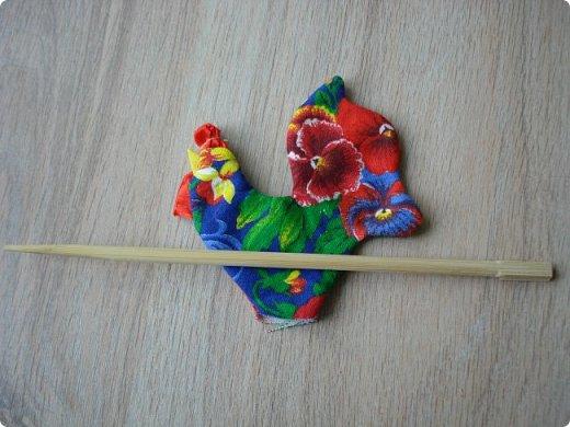 Новогодняя игрушка Петушок. Мастер класс в фотографиях. фото 8