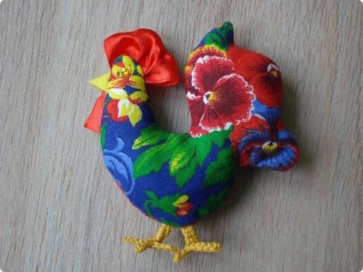 Новогодняя игрушка Петушок. Мастер класс в фотографиях. фото 11