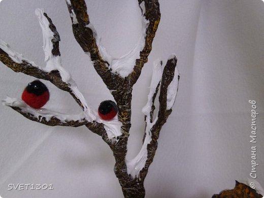 Каркасные куклы:  первая из запекаемого пластика, вторая из само отвердевающей полимерной глины,  пенёчки-подставки из папье-маше, а птички сваляны из шерсти. Размер кукол в стоячем положении 25-27 см. фото 9