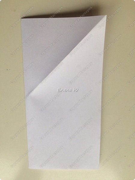 Гном может быть использован как елочная игрушка, можно поставить на стол, можно украсить комнату фото 3