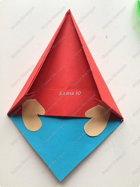 Гном может быть использован как елочная игрушка, можно поставить на стол, можно украсить комнату фото 29