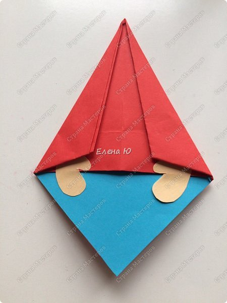 Гном может быть использован как елочная игрушка, можно поставить на стол, можно украсить комнату фото 30
