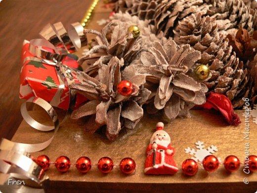 Всем прекрасного времени суток и хорошего настроения!!!!  В прошлом году я дарила в подарок своим близким по новогодней картине и даже делала МК:  http://stranamasterov.ru/node/982422 Но сделать себе такую так руки и не дошли. И вот в этом году я ее все таки сделала и решили вам всем показать. :)))  фото 2