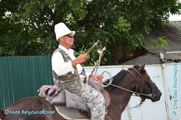 Здравствуй, мой солнечный гостеприимный Кыргызстан!!!  20 лет я не была на Родине... 24 июля 1996 года мы уехали на ПМЖ в Германию... 16 июля 2016 года со старшим сыном и его невестой - девушкой из Швейцарии с русским именем Тамара - мы прилетели в Бишкек!!! фото 5