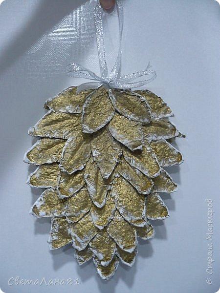 Привет Всем! Предлагаю маленький МК по созданию двухсторонней новогодней шишки размером 20*15 см. фото 10